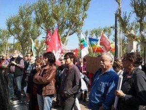 Lettre au président Hollande, déposée à la Sous-préfecture le 12 avril 2014 lors de la Marche contre l'austérité     e  dans antilibéralisme 2014-04-12-11.13.41-300x225